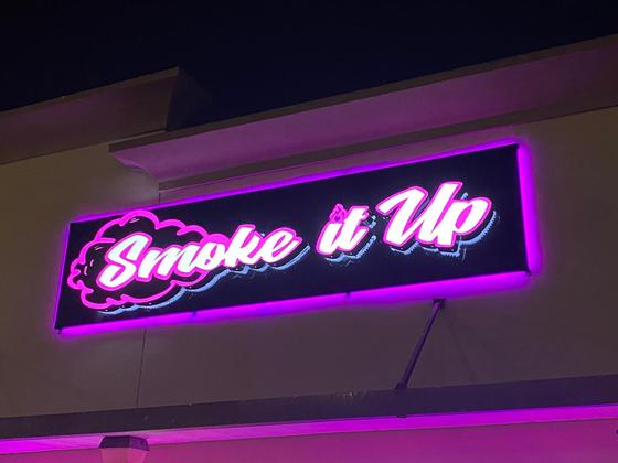 Smoke it Up - Houston Logo